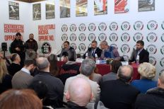 2014-01-golden_dawn_links_with_italian_fascists-01